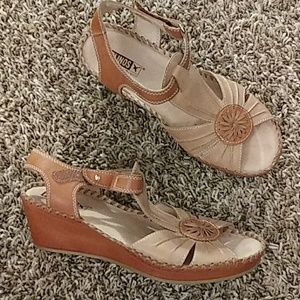 Tan leather PIKOLINOS WEDGE Sandals Sz 38 / 7 US